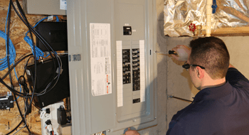 Circuit Breaker Replacement and the Warning Signs 07724 Wave