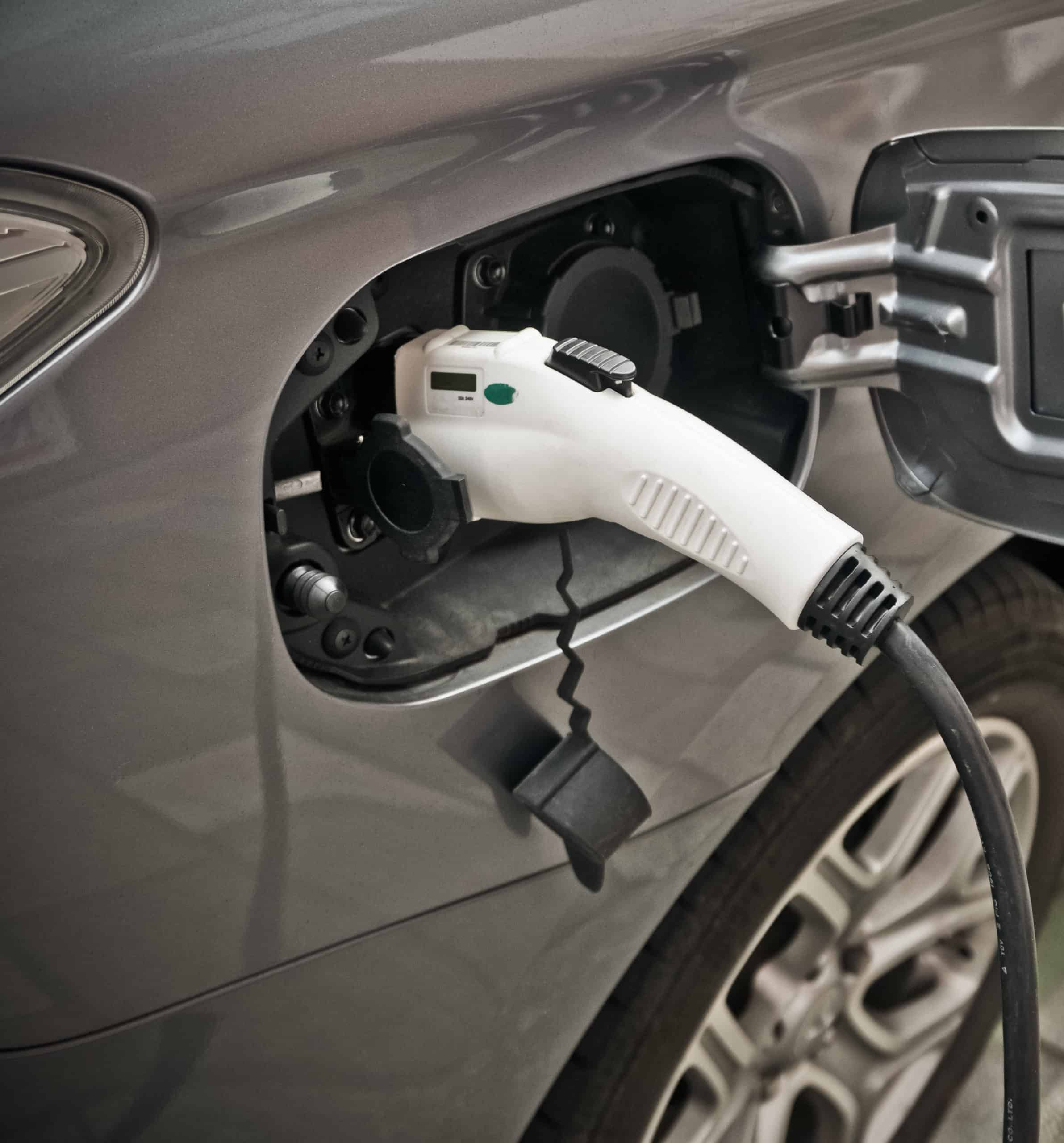 5 Reasons To Install An EV Charging Station At Your Business